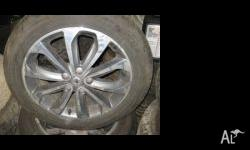 "MODEL: NISSAN DUALIS J10 TYPE: ALLOY WHEELS 18"" TYRES:"