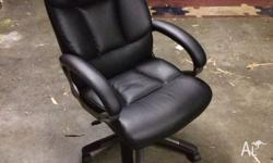 For sale is a near new condition office chair only