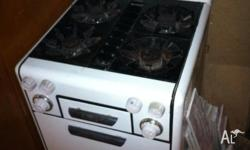 Hi Ladies and Gents Up for sale is this old Chef oven.