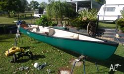 This great rogue river 3 seater canoe comes with 18lb