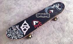 OMNI DECK 1993 INDEPENDENT TRUCKS 2 SETS OF WHEELS &