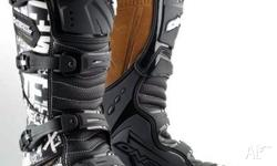 ONEAL ELEMENT BOOTS ,PISTON,2010, BLACK/WHITE, TRAIL,