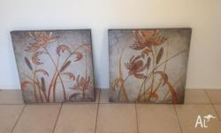 Set of two oil paintings Gold tones Good condition