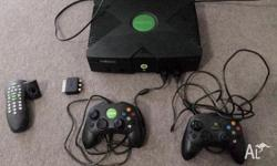 Original Xbox console + 16 games + 2 's' controllers +