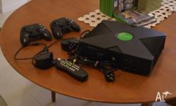 $160 THE LOT ONO OrigInal Xbox Chipped 2 Wireless