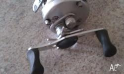 Very Excellent Condition overhead fishing reel one