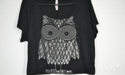 Black owl t-shirt top. Great condition. SZ 12 ..... $5