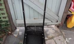 OZITO PUSH MOWER WITH CATCHER. Almost New Condition.