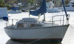 Pacific 24, 24ft fiberglass sailboat, inboard diesel