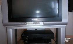 Panasonic TV 70cm for sale working well, including