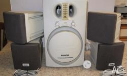 These powered speakers are in ex/condition, selling as
