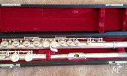 Pearl PF501 Student flute closed hole, silver plated