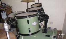 For sale is my 2 year old Pearl Vision series drum kit.