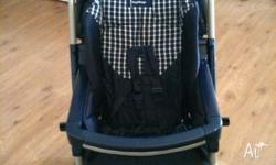 Pram in great condition! Reversible handle, multiple