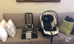 Used for 4 months, this Peg Perego baby car seat is in