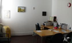 One small room (14sqm) for rent in Perth CBD office