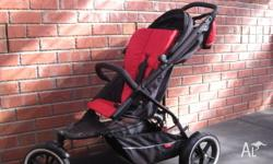 This pram is 2 years old. In very good condition. Comes