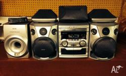 Philips FW-P78 Mini Hifi 3 disc Stereo 6 Speaker