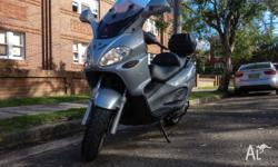 Sell my 2005 piaggio x9 250cc -- 18500km. The scooter