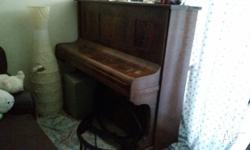Piano for free i just keep for decorate the living. It