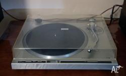 I am selling a Pioneer PL-200 Direct Drive Auto-Return