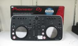 1 x Pioneer DDJ-ERGO-V Dj Controller. Being sold in its