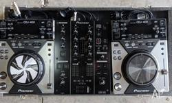 Complete Pioneer DJ system comprising 2 x CDJ400 and 1