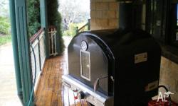 Pizza Oven for sale VGC comes with pizza stone and
