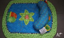 Bright Stars Tummy Turtle play mat. Excellent condition