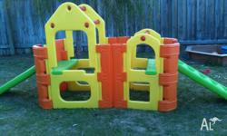 in great condition, outdoor playgym for sale. Cathy