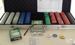 I'm selling this poker set in very good condition. Only