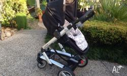 Peg Perego pram and capsule for sale! Suitable for