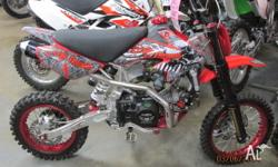 . Manual 140cc . Oil-cooled . 4 stroke pitbike, which
