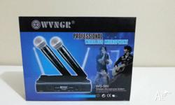 BRAND NEW IN BOX PROFESSIONAL WIRELESS MICROPHONE