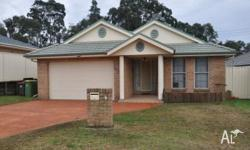 * Quality 4 bedroom home * Ensuite to main, built ins