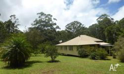Original Queenslander on 4 HA -Reduced $370,000.- neg.