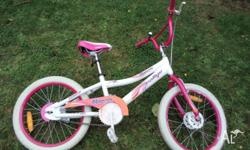 RALLYE RHAPSODY FASHION 18 GIRLS BIKE. Excellent
