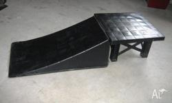 Great ramp with table top. Rarely Used. Can be used for