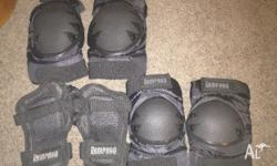 Excellent condition, 2x elbow guards, 2x knee guards,