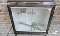 Reptile enclosure that can easily fit into your