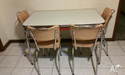 Retro dining table And 4 chairs 1950s vintage Retro