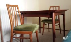 FOR SALE: a retro extendable dining table and chairs (6
