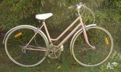 RETRO MALVEN STAR LADIES BIKE.. WORKS OK & IN PRETTY