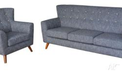 This beautiful retro sofa will not disappoint. It's