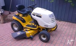 lt 1022 cub cadet ride on mower 22hp briggs, 46' cut
