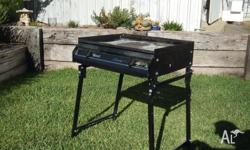 For Sale: Rinnai ?Sizzler? 2 burner BBQ, now no longer