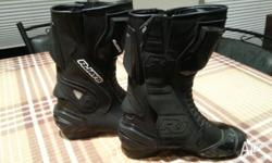 Brand new RJAYS motorcycle boots. Size 45, suits us