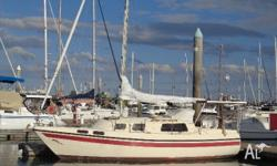 Roberts 25 ready to go sailing with two salis, jib on