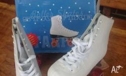Star fire size 39 roller skates. Used but not much.