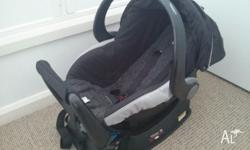 Britax Unity Safe-N-Sound baby capsule. In good